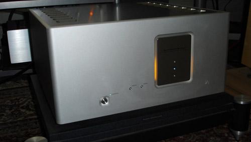 Luxman M800 - September 2010