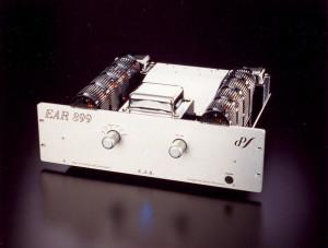 EAR_899 2